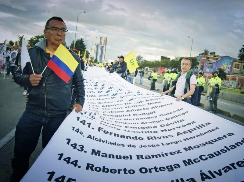 """Tausende nahmen im Juli in Kolumbien am """"Marsch für das Leben"""" gegen die Gewalt und die tödlichen Angriffe auf soziale und politische Aktivisten teil"""