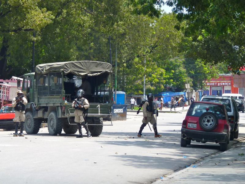 Bei Zusammenstößen mit der Polizei in Haiti – hier eine Archivaufnahme – kamen zwei Menschen ums Leben