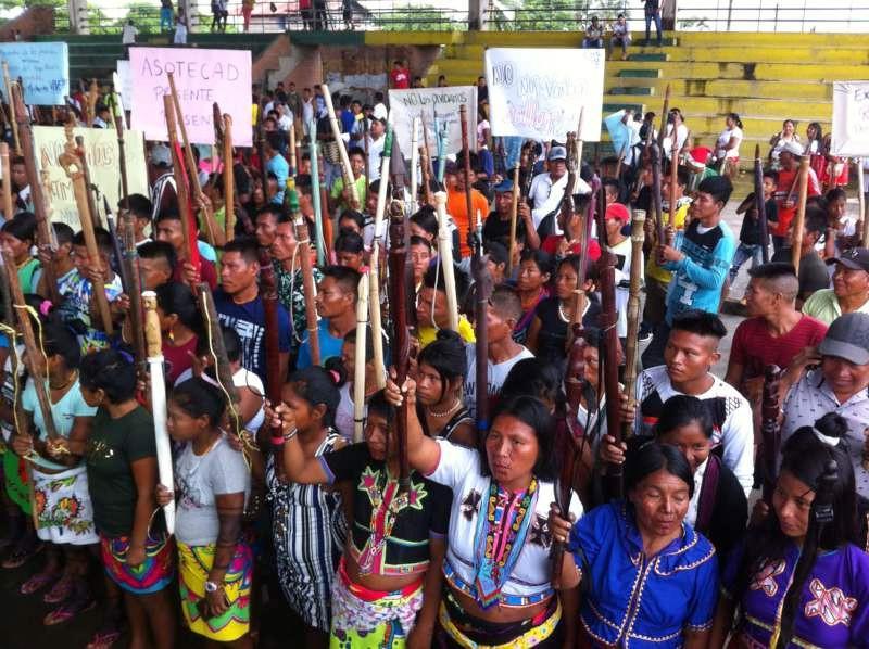 Bei der landesweiten Minga in diesem Frühjahr prangerten die Streikenden auch die systematischen Morde an Anführern sozialer Bewegungen an (hier am 4. Mai in Riosucio, Chocó)