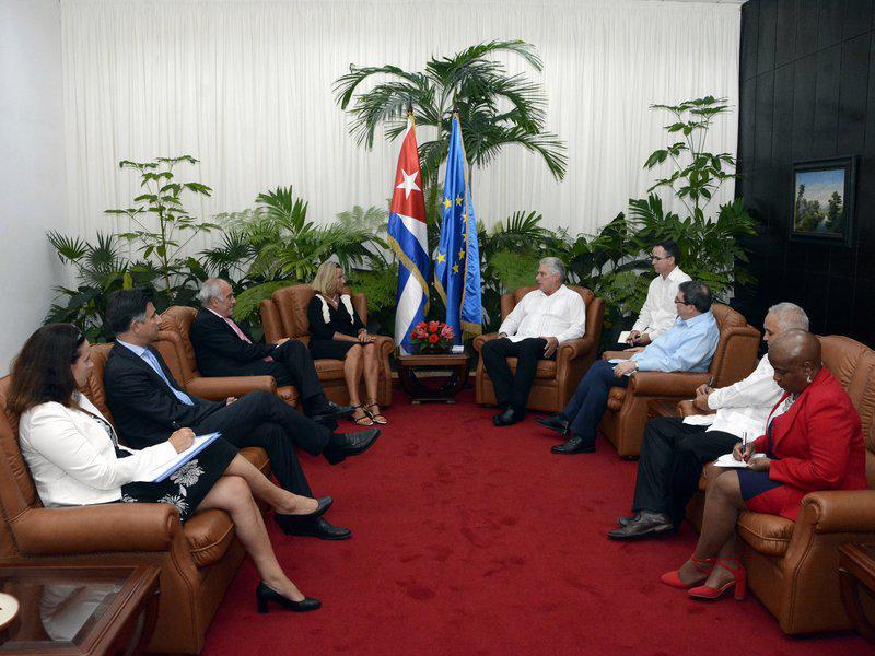 Der kubanische Präsident Díaz-Canel mit Federica Mogherini, der EU-Außenbeauftragten
