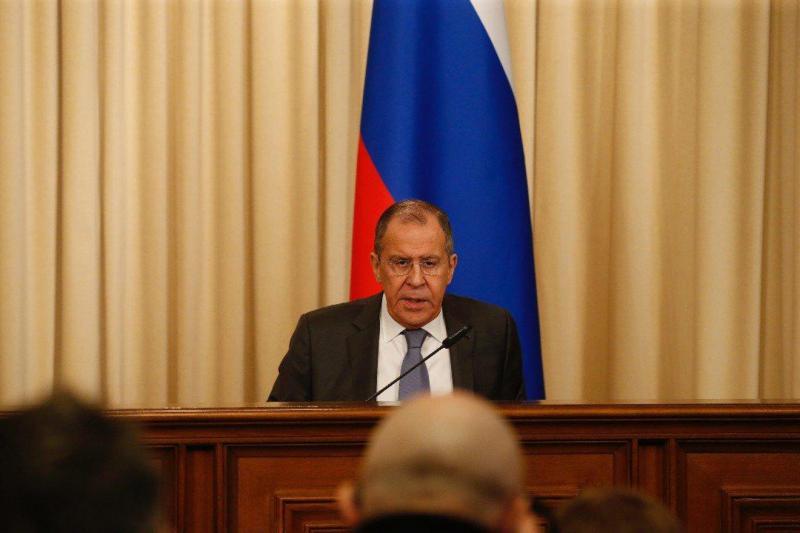 Russlands Außenminister Lawrow warnte bei der Pressekonferenz am 1. März, die USA planten die Bewaffnung von Venezuelas Opposition