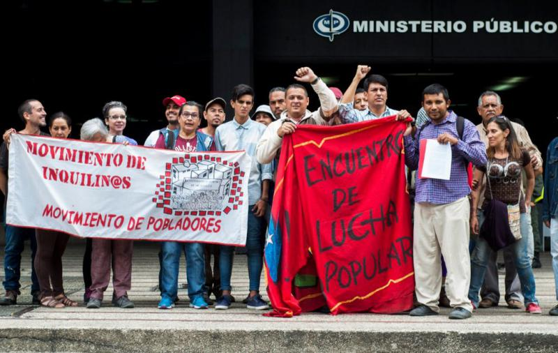 Protestaktion am Montag in Caracas vor dem Sitz der Generalstaatsanwaltschaft gegen Privatisierungen und gegen die Kriminalisierung von Kommunarden
