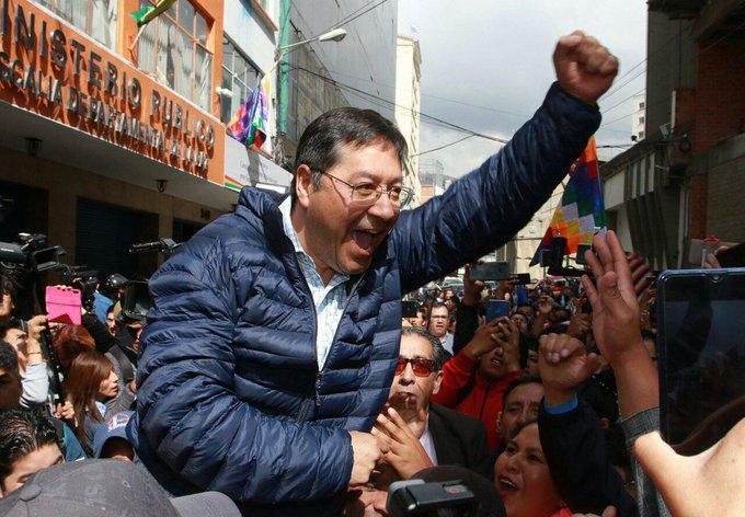 Begeisterter Empfang für Luis Arce am Dienstag in La Paz