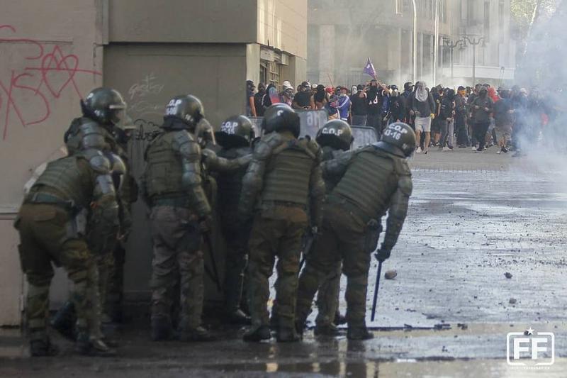 Seit dem 2. Oktober gehen in Santiago wieder täglich Menschen gegen die Polizeigewalt auf die Straße