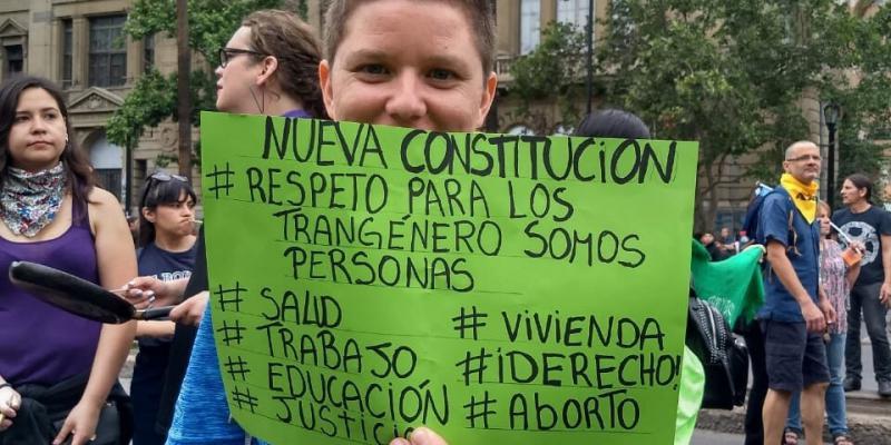 Feministische und Organisationen sexueller Vielfalt in Chile bringen ihre Forderungen in die Verfassungsdebatte ein