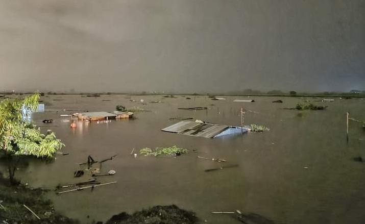 Überflutung in Villanueva im honduranischen Departament Cortés
