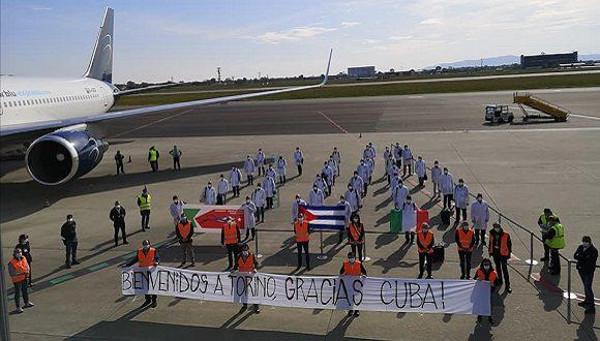 Eine zweite Brigade Gesundheitsexperten aus Kuba wurden am 13. April in Turin herzlich empfangen