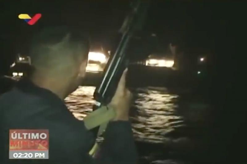 Schüsse vor den Bug: Szene aus dem Video der venezolanischen Marine