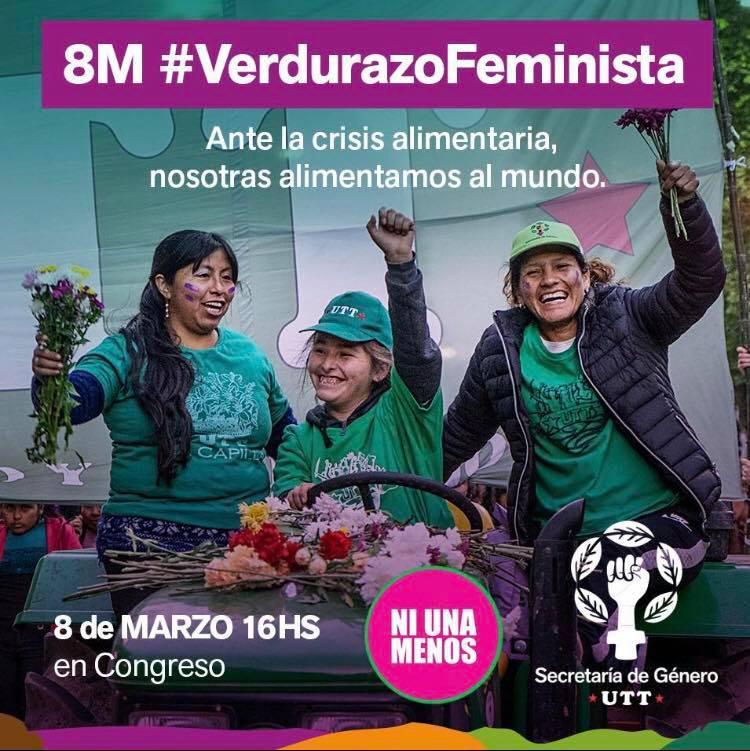 """""""Angesichts der Lebensmittelkrise ernähren wir die Welt"""": Aufruf zum Frauenstreik von Landarbeiterinnen. Sie verteilten Gemüse bei der Kundgebung vor dem Kongress"""