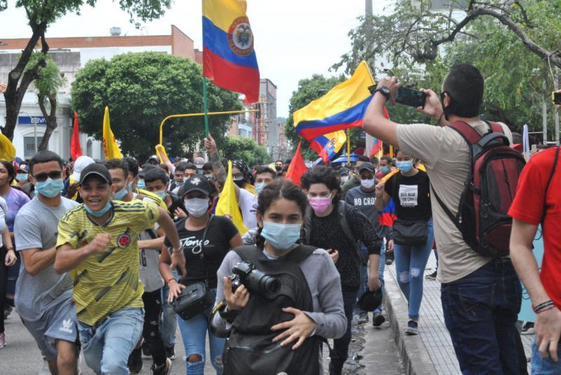 In circa 600 Städten und Gemeinden hat es Kundgebungen, Hafen- und Straßenblockaden und riesige Demonstrationen gegeben