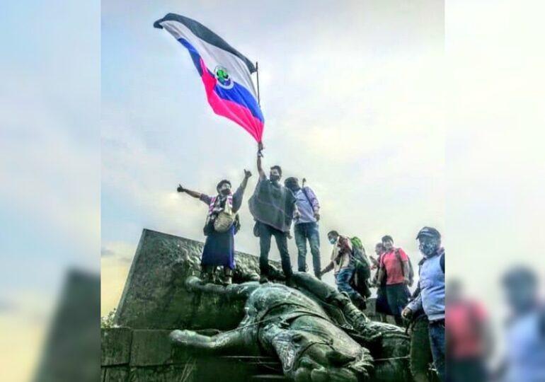Indigene stürzten die Statue des spanischen Konquistadors Sebastián de Belalcazar in Cali vom Sockel