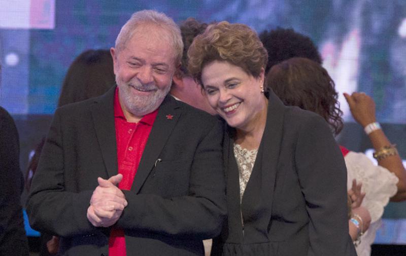 Dilma Rousseff und Lula da Silva bei einem gemeinsamen Auftritt auf dem 6. Kongress ihrer Partei im Jahr 2017