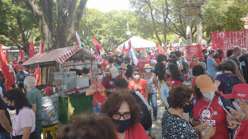 Die friedliche Demonstration lockte unzählige Bürger:innen an