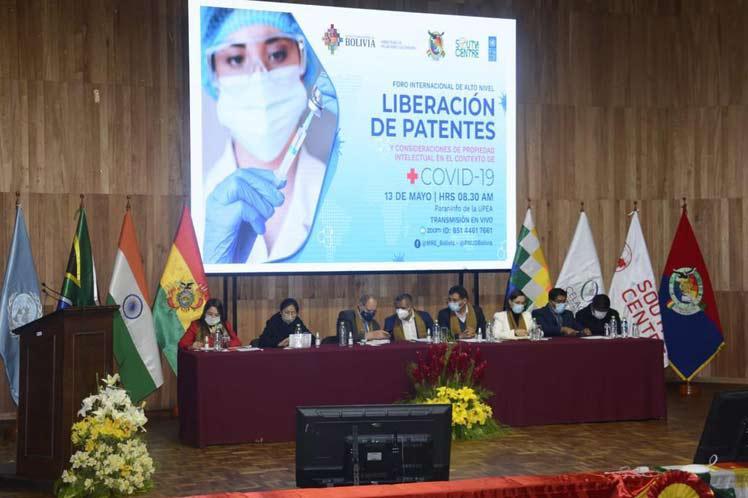 Bolivien setzt sich für die Freigabe der Patente für Covid-19-Impfstoffe ein
