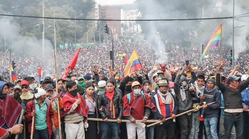 Ecuadors Präsident verhängte nächtliche Ausgangssperre