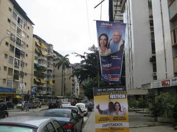 Wahlkampf in einer bescheideneren Seitenstraße in Altamira