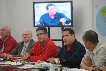 Hugo Chávez und Minister beim Treffen des Ministerrates