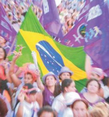 Frauen in Brasilien wollen auch an Karneval protestieren