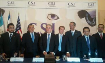 Porfirio Lobo, Álvaro Colom, Álvaro Uribe und weitere