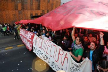 Demo von Studierenden in Chile