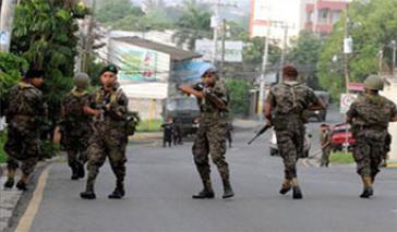 Militär auf den Straßen