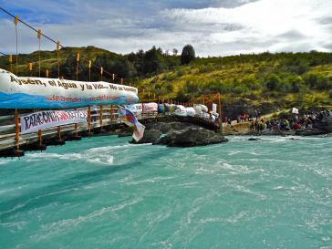 Protestaktion gegen den geplanten Mega-Staudamm
