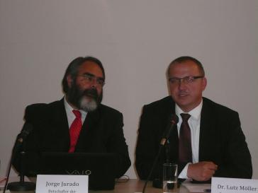 Botschafter Jorge Jurado und Lutz Möller von der Deutschen UNESCO-Kommission