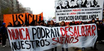 Transparent bei Demonstration in Chile