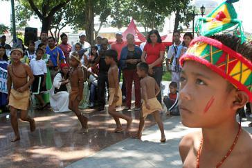 Mitglieder der Volksgruppe der Kariña