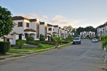 Das Villenviertel Las Colinas in Managua aus einem Immobilienkatalog