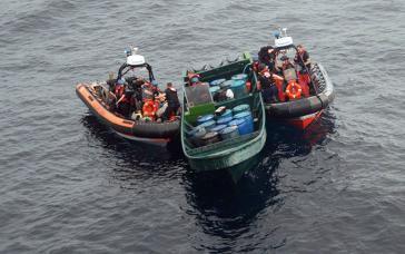 "Seemanöver im Rahmen der ""Operation Martillo"""