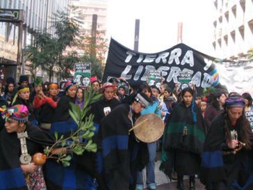 Proteste gegen massive Repression des chilenischen Staates in Santiago de Chile