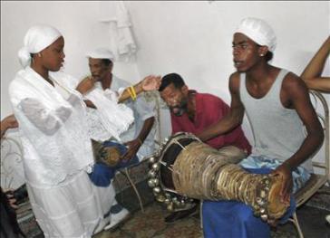 Anhänger der Santería auf Kuba