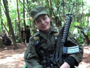 Die holländische Guerillera Tanja Nijmeijer bei den FARC