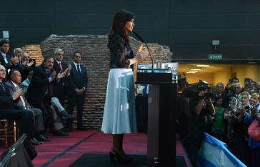 Die argentinische Präsidentin Cristina Fernández bei Ihrer Rede zum 30. Jahrestag des Endes der Militärjunta