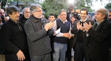 Ex-Präsident Fernando Lugo mit Mitgliedern der Partei Frente Guasú