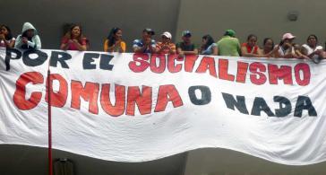 Für den Sozialismus - Kommune oder Nichts