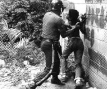 "Festnahme während des ""Caracazo"" in Venezuela 1989"