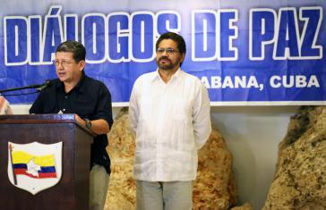 Die Delegation der FARC verkündet in Havanna die unilaterale 30-tägige Waffenruhe