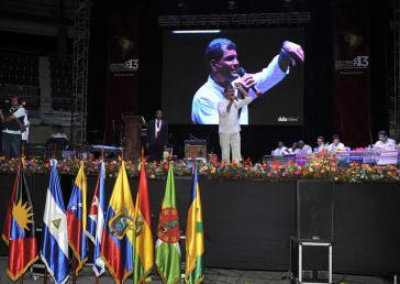 Rafael Correa während seiner Rede auf dem ALBA-Gipfel in Guayaquíl
