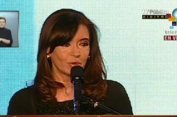 Die Präsidentin Argentiniens, Cristina Fernández, gab sich trotz Stimmverlusten des Regierungsbündnisses zuversichtlich
