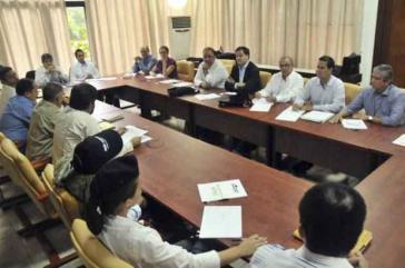Delegierte der Regierung und der FARC bei den Friedensgesprächen in Havanna
