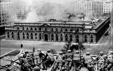 Lehrstück in Völkerrecht? Putschisten beim Angriff auf den Präsidentenpalast 1973