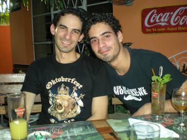 Yoel González und Mario López in Havanna