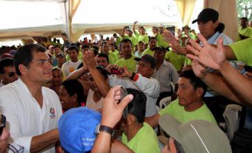 Treffen zwischen Präsident Correa und den Arbeitern von La Clementina