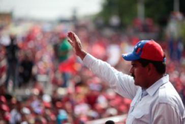 Führt in den Umfragen: Sozialist Nicolás Maduro