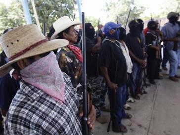 Kommunitäre Polizei in einem Dorf im Bundesstaat Guerrero