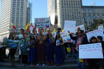 Protest Chevron-Geschädigter vor dem Gerichtsgebäude in New York