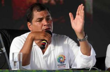 """Ecuadors Präsidetn Rafael Correa während der wöchentlichen TV-Sendung """"Enlace Ciudadano"""""""