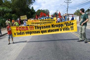 Protest gegen Thyssen-Stahlwerk am 1. Mai 2009
